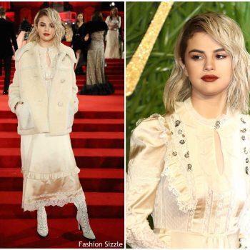 selena-gomez-in-coach-the-fashion-awards-2017