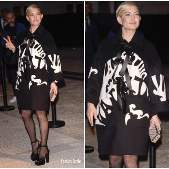 kate-hudson-in-valentino- valentino-fashion-show-in-paris