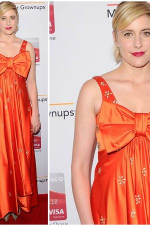 greta-gerwig-in-vintage-cardinali-2018-aarp-awards
