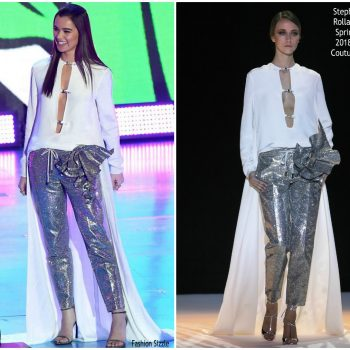 hailee-steinfeld-in-stephane-rolland-couture-nickelodeons-2018-kids-choice-awards