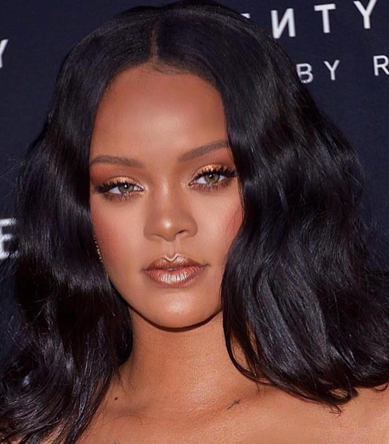 Rihanna in Versace @ F... Rihanna 2018