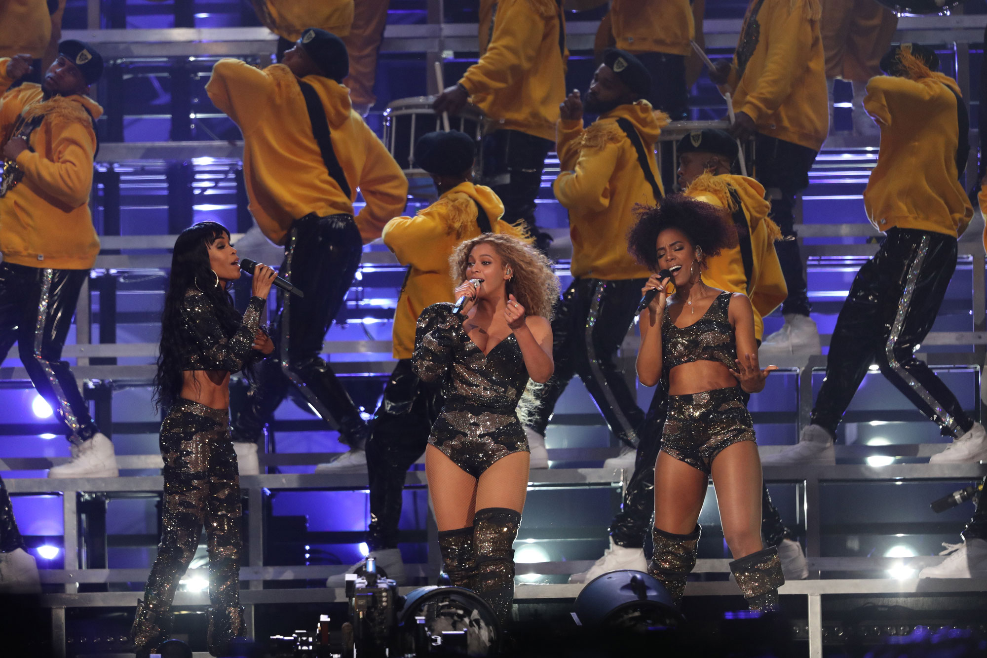 destinys-child-in-custom-balmain-performing-coachella