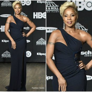 mary-j-blige-in-versace-33rd-annual-rock-roll-hall-of-fame-induction-ceremony