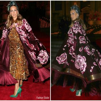 sarah-jessica-parker-in-dolce-gabbana-hosts-dolce-gabbana-hosts-dolce-gabbana-charity-auction-in-new-york