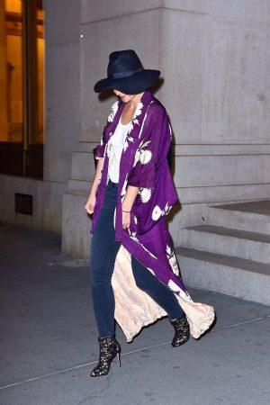 katie-holmes-in-kimono-nobu-in-new-york