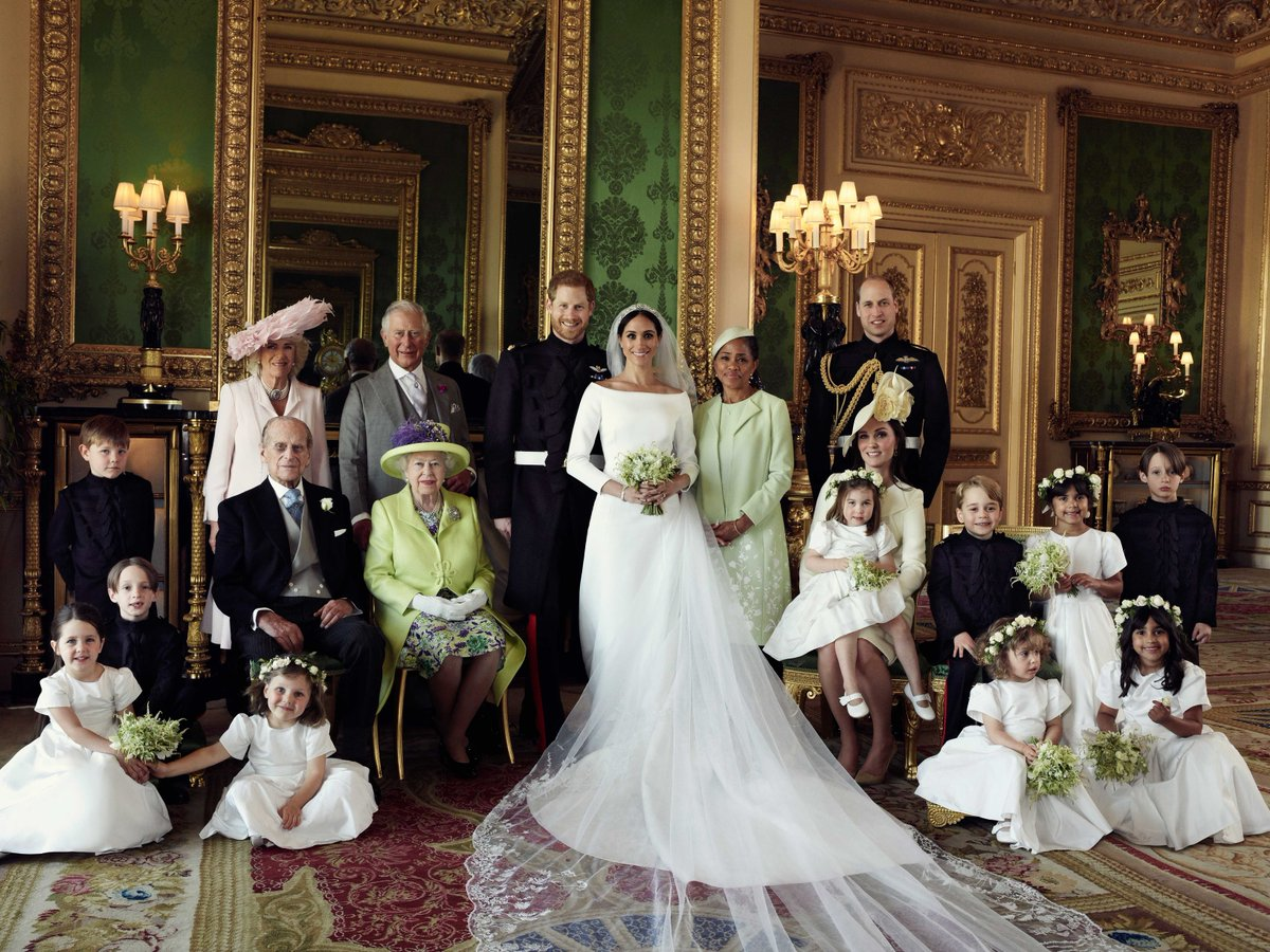 the-duke-and-duchess-of-sussex-royal-family-wedding-day-official-portraits