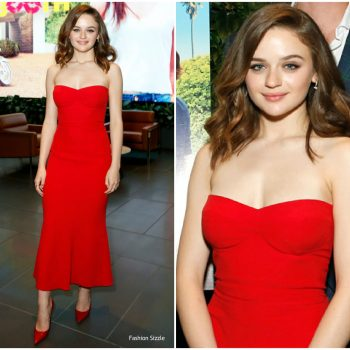 joey-king-in-miu-miu-the-kissing-booth-la-screening