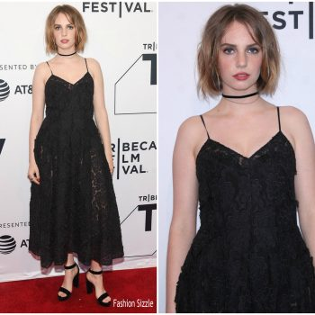 maya-hawke-in-miu-miu-little-women-tribeca-film-festival-premiere