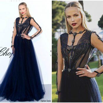 natasha-poly-in-versace-amfar-gala-cannes-2018