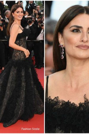 penelope-cruz-in-vintage-chanel-everybody-knows-cannes-film-festival-screening