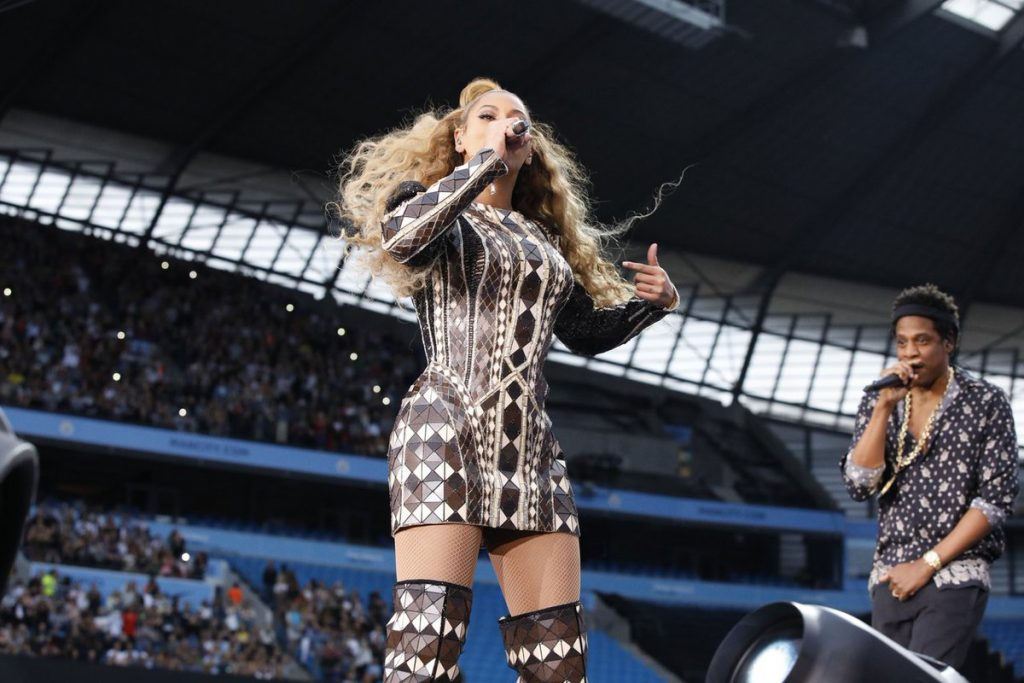 Beyonce Knowles In Balmain Amp Laroxx On The Run Ii Tour