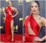 Halsey in Julien Macdonald @ the 2018 MTV Movie & TV Awards