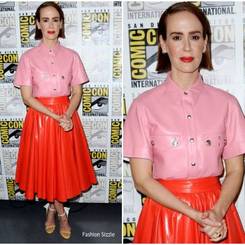 sarah-paulson-in-calvin-klein-2015w39nyc-comic-con-2018-glass-panel