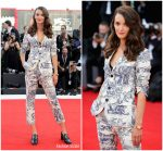 Charlotte Le Bon  In  Christian Dior  @  First Man' Venice Film Festival Premiere & Opening Ceremony