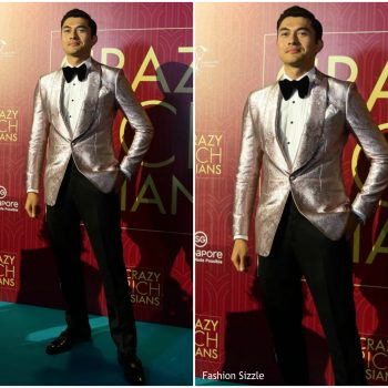 henry-golding-in-tom-ford-crazy-rich-asaians-singapore-premiere