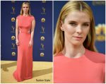 Betty Gilpin  In Vera Wang  @ 2018 Emmy Awards