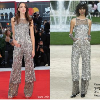 stacy-martin-in-chanel-couture-vox-lux-venice-film-festival-premiere