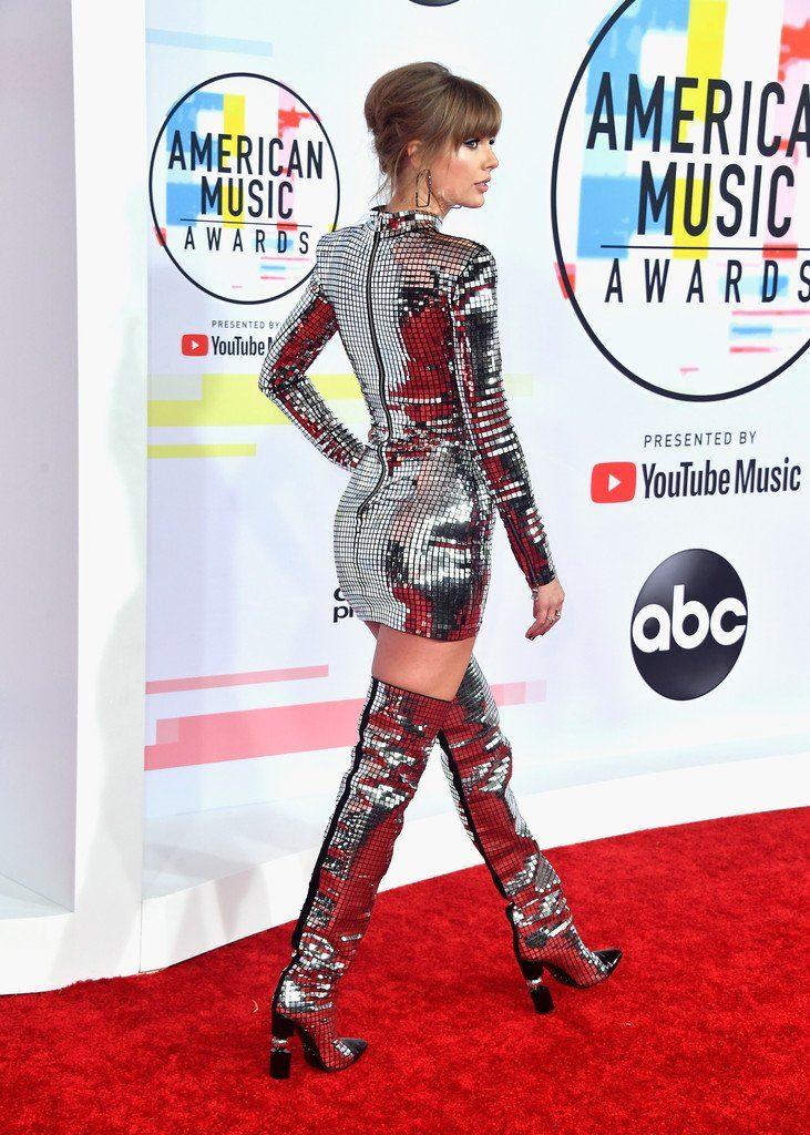 685c95fb Taylor Swift in Balmain @ 2018 American Music Awards - Fashionsizzle