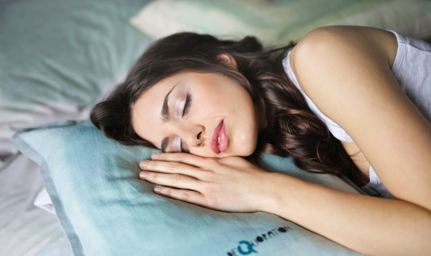 why-you-need-beauty-sleep-for-fresh-healthy-looking-skin