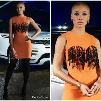 adwoa-aboah-in-ashley-williams-world-premiere-of-land-rovers-new-range-rover