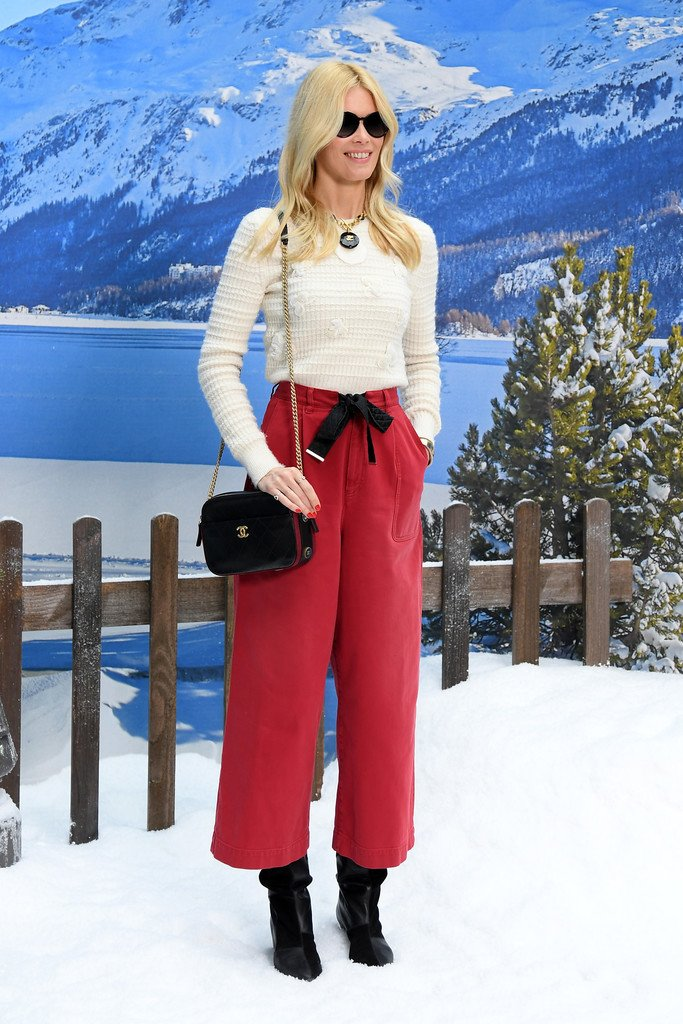 claudia-schiffer-in-chanel-@-chanel-fall-2019