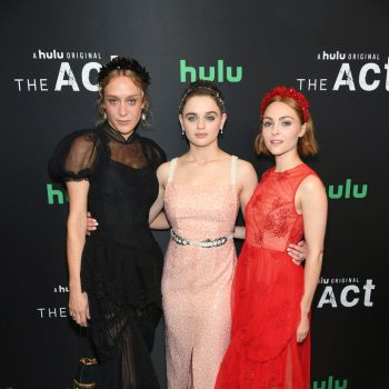 chloe-sevigny-(in-simone-rocha),-joey-king-(in-markarian),-and-annasophia-robb-(in-simone-rocha)-@-'the-act'-new-york-premiere