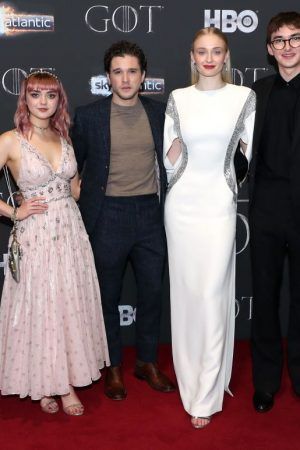 maisie-williams-(in-coach),-kit-harington,-sophie-turner-(in-louis-vuitton)-and-isaac-hempstead-wright-@-'game-of-thrones'-season-8-belfast-premiere