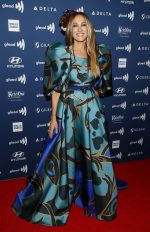 Sarah Jessica Parker in Elie Saab @ the 30th Annual GLAAD Media Awards New York