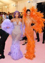 Kylie Jenner & Kendall  Jenner In  Versace  @ 2019 Met Gala