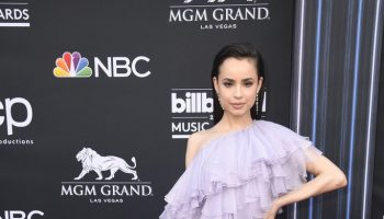 sofia-carson-in-giambattista-valli-haute-couture-2019-billboard-music-awards