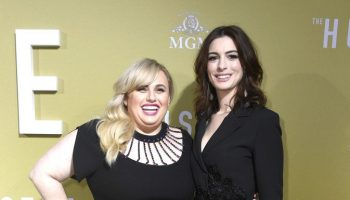 rebel-wilson-(in-christopher-kane)-and-anne-hathaway-(in-elie-saab)-@-'the-hustle'-la-premiere
