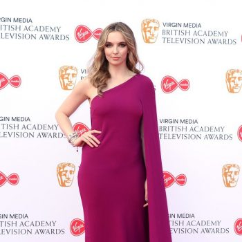 jodie-comer-in-stella-mccartney-the-2019-british-academy-television-awards