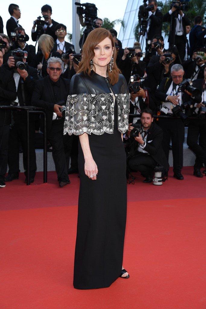julianne-moore-in-louis-vuitton-@-'les-miserables'-cannes-film-festival