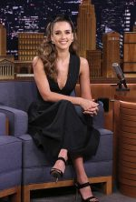 Jessica Alba In  Narciso Rodriguez  @  Tonight Show Starring Jimmy Fallon