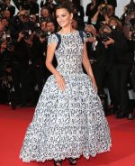 Penelope Cruz In Chanel Haute Couture @ 'Pain And Glory (Dolor Y Gloria/ Douleur Et Glorie)' Cannes Film Festival Premiere