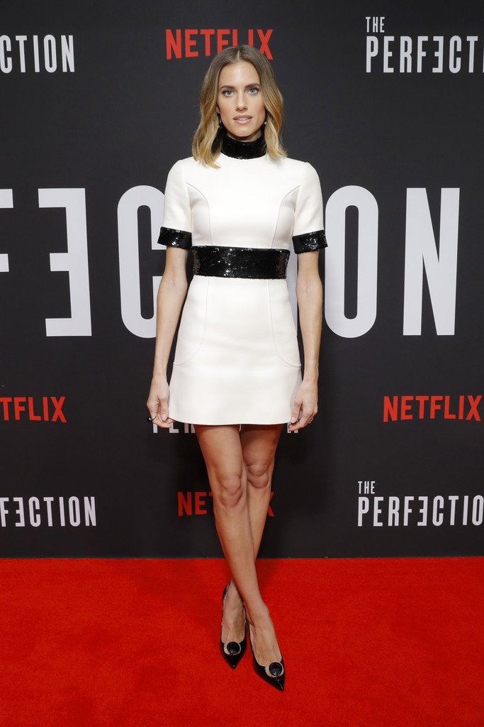 allison-williams-in-celine-@-'the-perfection'-new-york-premiere