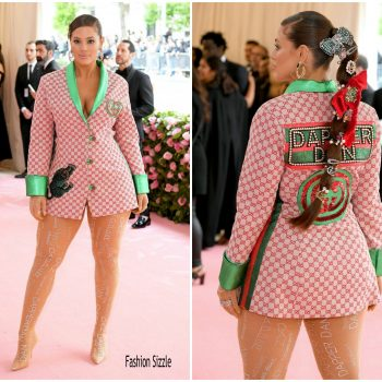 ashley-graham-in-gucci-dapper-2019-met-gala
