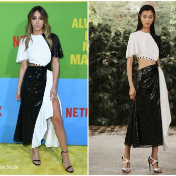 chloe-bennet-in-prabal-gurung-netflixs-always-be-my-maybe-la-premiere
