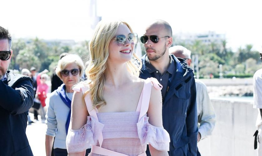 elle-fanning-in-ryan-lo-@-cannes-2019
