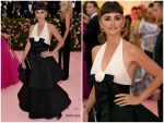Penélope Cruz  In Chanel Couture  @ 2019 Met Gala