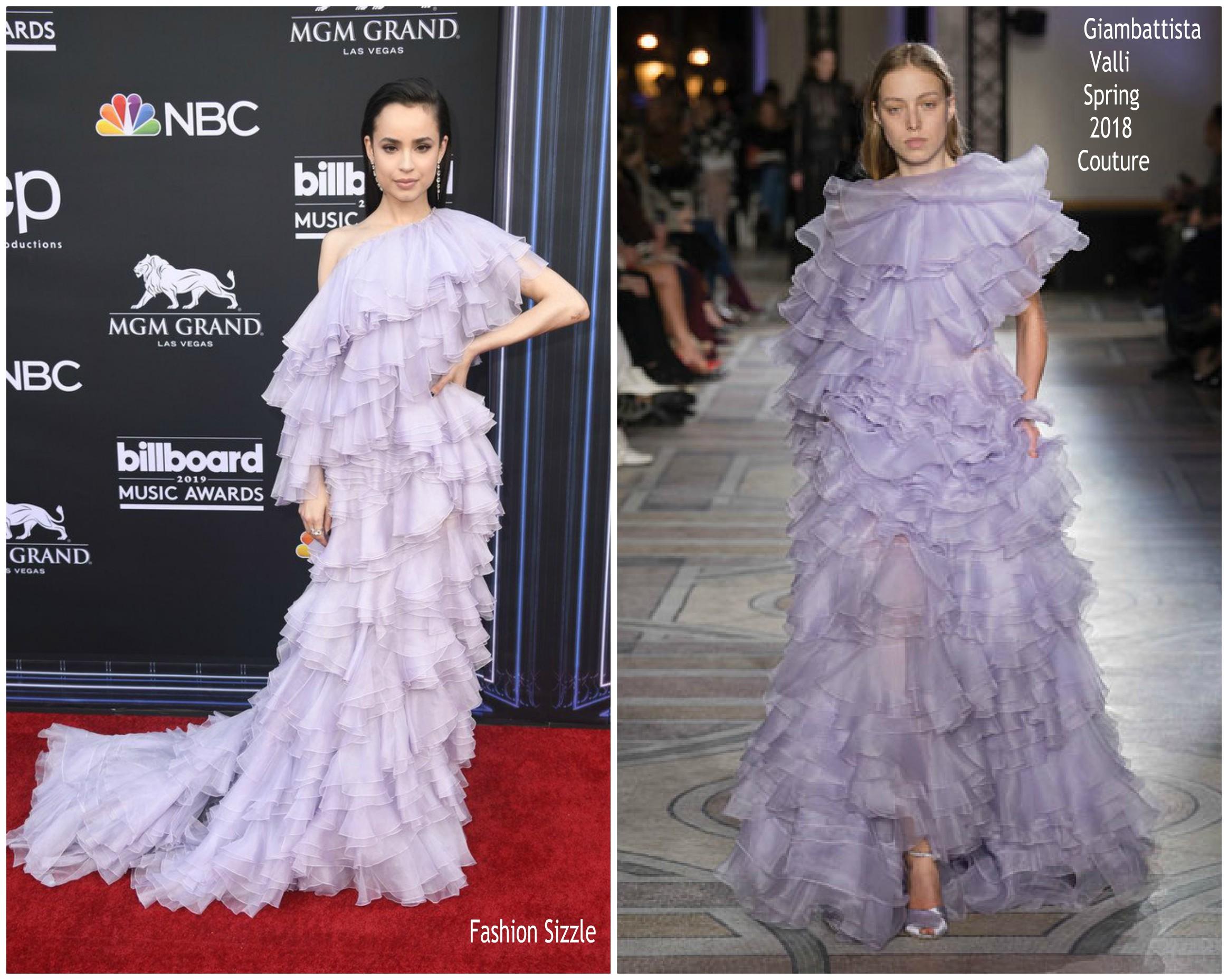 sofia-carson-in-giambattista-valli-haute-couture-2019-billboard-music-awards