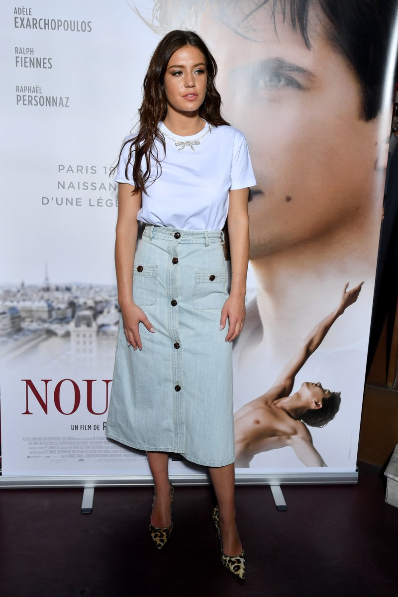 adele-exarchopoulos-in-miu-miu-@-'the-white-crow'-paris-premiere