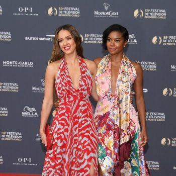 jessica-alba-(in-prabal-gurung)-and-gabrielle-union-(in-oscar-de-la-renta)-@-the-59th-monte-carlo-tv-festival-opening-ceremony