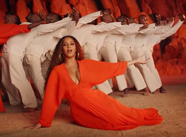 beyonce-knowles-in-solace-london-for-spirit-music-video