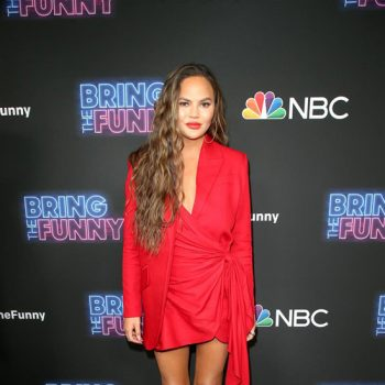 chrissy-teigen-in-lado-bokuchava-@-premiere-of-'bring-the-funny'