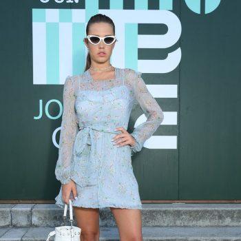 adele-exarchopoulos-in-miu-miu-@-miu-miu-croisiere-2020-fashion-show