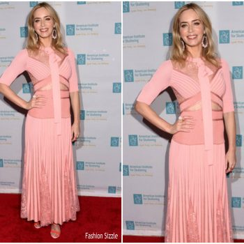 emily-blunt-in-elie-saab-american-institute-for-stuttering-benefit-gala