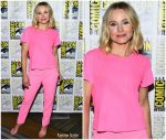 Kristen Bell In Alice & Olivia  @ Comic -Con 2019