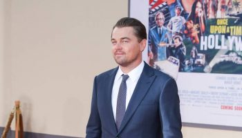 'leonardo-dicaprio-in-giorgio-armani-once-upon-a-time-hollywood-premiere