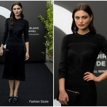 phoebe-tonkin-in-chanel-noir-et-blanc-de-chanel-fall-winter-2019-makeup-collection-launch-in-paris